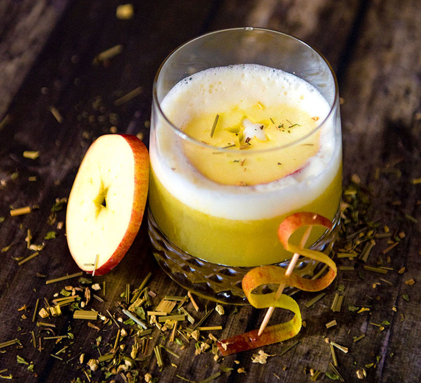 WHISKY APPLE SOUR